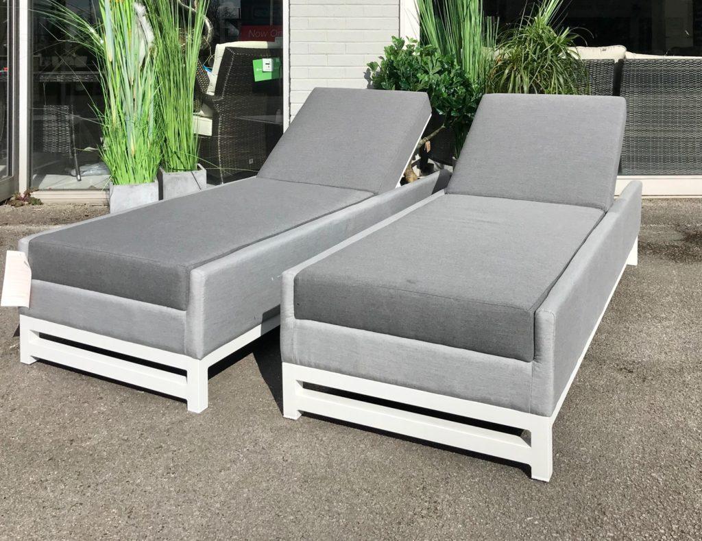 taze-loungers-set